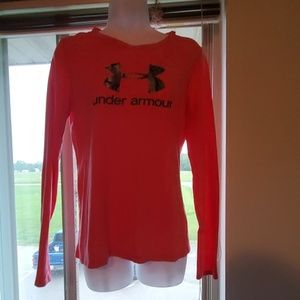 Under Armour semi fitted heat gear